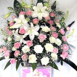 画像2: お祝いスタンド花【10000円】配達料込み